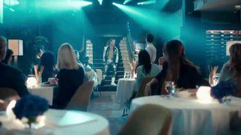 Cricket Wireless TV Spot, 'WWE Dinner' Ft. Dolph Ziggler, Song by Downstait - Thumbnail 4