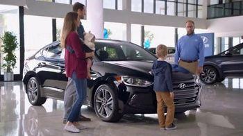 Hyundai Elantra TV Spot, 'Big Brother' [T2] - Thumbnail 3