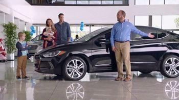 Hyundai Elantra TV Spot, 'Big Brother' [T2] - Thumbnail 4