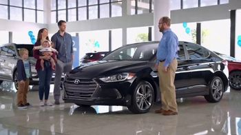 Hyundai Elantra TV Spot, 'Big Brother' [T2] - Thumbnail 7