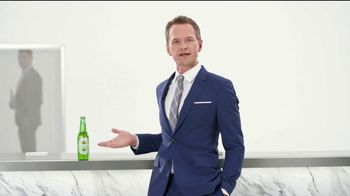 Heineken Light TV Spot, 'Teleport' Featuring Neil Patrick Harris - 2447 commercial airings