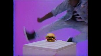 Wendy's Giant Jr. Bacon Cheeseburger TV Spot, 'G-G-G-GIANT JUNIOR!' - Thumbnail 5