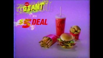 Wendy's Giant Jr. Bacon Cheeseburger TV Spot, 'G-G-G-GIANT JUNIOR!' - Thumbnail 6