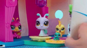 Littlest Pet Shop Cruise Ship TV Spot, 'Epic Waves' - Thumbnail 3