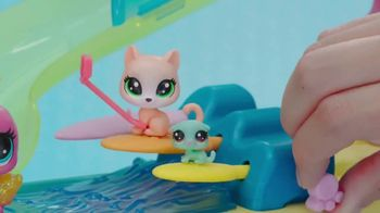 Littlest Pet Shop Cruise Ship TV Spot, 'Epic Waves' - Thumbnail 6
