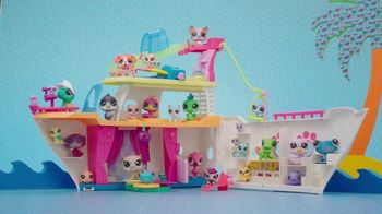 Littlest Pet Shop Cruise Ship TV Spot, 'Epic Waves' - Thumbnail 8
