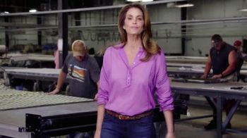 Rooms to Go Cindy Crawford Home TV Spot, 'Secret' Featuring Cindy Crawford - Thumbnail 3