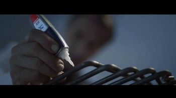 Loctite Super Glue Precision Pen TV Spot, 'Arréglalo' [Spanish] - Thumbnail 5