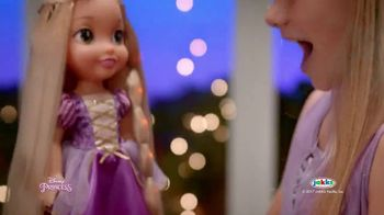 Disney Princess Tangled Glow N' Style Rapunzel TV Spot, 'Golden Hair' - Thumbnail 7