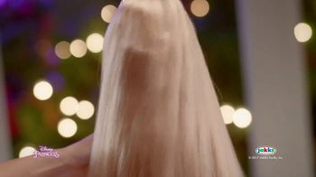 Disney Princess Tangled Glow N' Style Rapunzel TV Spot, 'Golden Hair' - Thumbnail 9