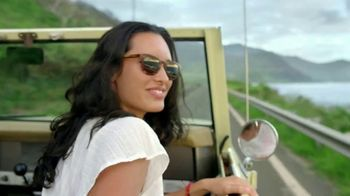 Maui Jim TV Spot, 'Born on the Beaches' - Thumbnail 8