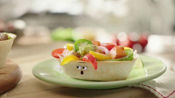 Old El Paso Taco Boats TV Spot, 'Chicken or Beets?' - Thumbnail 3