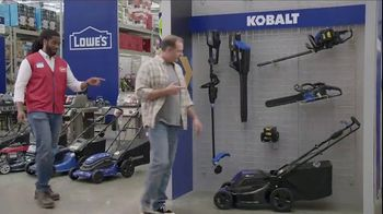 Lowe's TV Spot, 'Backyard Moment: Trimmer' - Thumbnail 4