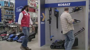 Lowe's TV Spot, 'Backyard Moment: Trimmer' - Thumbnail 5