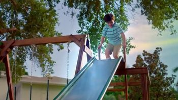 OxiClean Laundry Detergent HD TV Spot, 'Little Brother' - Thumbnail 6