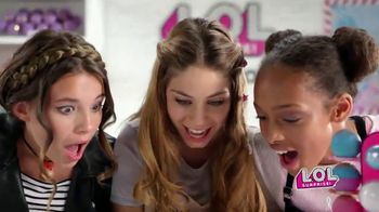 L.O.L. Surprise! Fizz Factory TV Spot, 'Fizzy Fun' - Thumbnail 8