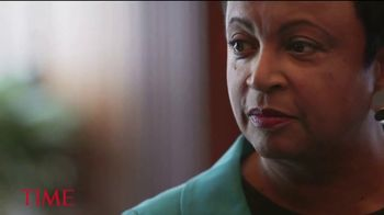 Time Magazine TV Spot, 'Firsts: Pioneering Women' Feat. Oprah, Mo'ne Davis - Thumbnail 4