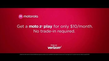 Motorola Moto Z2 Play TV Spot, 'Hellomoto' - Thumbnail 10