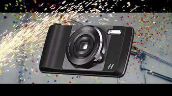 Motorola Moto Z2 Play TV Spot, 'Hellomoto' - Thumbnail 7