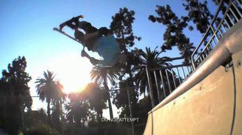 Razor Spark DLX TV Spot, 'A Whole Lot Hotter' - Thumbnail 2