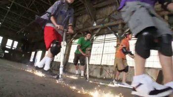 Razor Spark DLX TV Spot, 'A Whole Lot Hotter' - Thumbnail 6