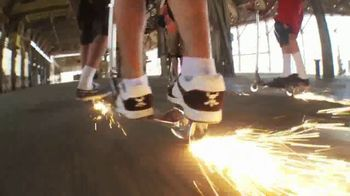 Razor Spark DLX TV Spot, 'A Whole Lot Hotter' - Thumbnail 7
