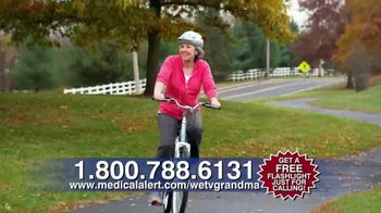 Medical Alert TV Spot, 'Joan' - Thumbnail 6