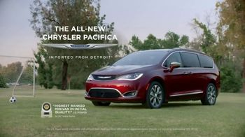 2017 Chrysler Pacifica TV Spot, 'Before Functionality: Fathering' [T2] - Thumbnail 8