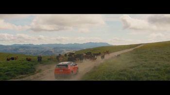 2017 Jeep Compass Latitude TV Spot, 'Traffic Jam' [T2] - Thumbnail 4