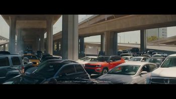 2017 Jeep Compass Latitude TV Spot, 'Traffic Jam' [T2] - 2645 commercial airings