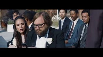 Verizon Unlimited TV Spot, 'Live Wedding: The Best' Ft. Thomas Middleditch - Thumbnail 5