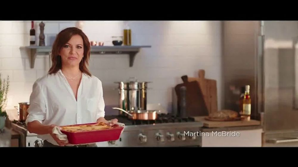 Bob Evans TV Commercial, 'Martina and Bob's Minutes to the Table Collection'