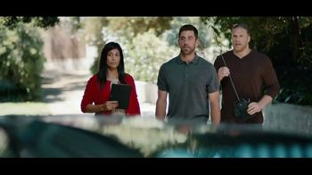 State Farm TV Spot, 'Together' Featuring Aaron Rodgers, Clay Matthews - Thumbnail 9