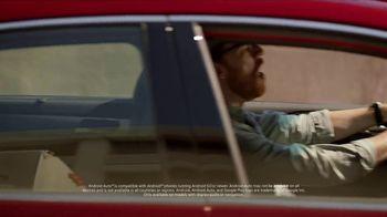 2018 Hyundai Sonata TV Spot, 'Duet: Traffic' Song by Neil Diamond [T2] - Thumbnail 4