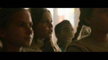 Walmart TV Spot, 'The Walmart Box: Melissa McCarthy' Featuring Keala Settle - Thumbnail 7