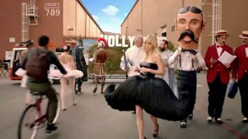 Visit California TV Spot, 'Living the Dream' Feat. Anna Faris - Thumbnail 10