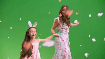 Target TV Spot, 'Everything for Everybunny: Dresses' - Thumbnail 3
