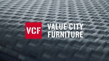 Value City Furniture TV Spot, 'Buy More, Save More: Wake Up Refreshed' - Thumbnail 3