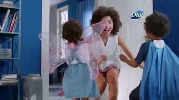 Dial Skin Therapy Body Wash TV Spot, 'Me Time' - Thumbnail 6
