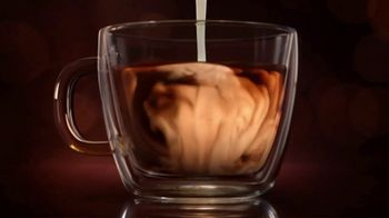 Coffee-Mate Artisan Café TV Spot, 'Stir Up Indulgence' - Thumbnail 6