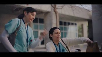 McDonald's Egg McMuffin TV Spot, 'El desayuno de las enfermeras' [Spanish] - Thumbnail 4