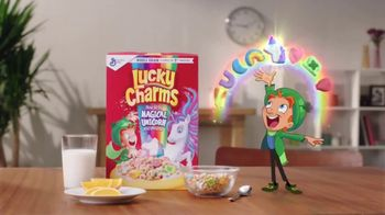 Lucky Charms Magical Unicorn Marshmallow TV Spot, 'Unicorn Island' - Thumbnail 10