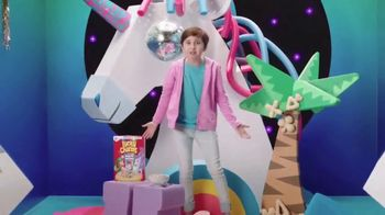 Lucky Charms Magical Unicorn Marshmallow TV Spot, 'Unicorn Island' - Thumbnail 6