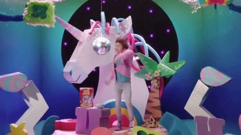 Lucky Charms Magical Unicorn Marshmallow TV Spot, 'Unicorn Island' - Thumbnail 8
