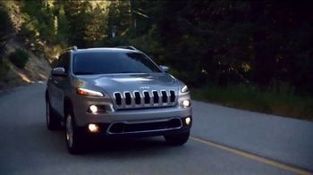 Jeep Cherokee Limited TV Spot, 'What It Takes: Balance ' Song by Carrollton [T1] - Thumbnail 2