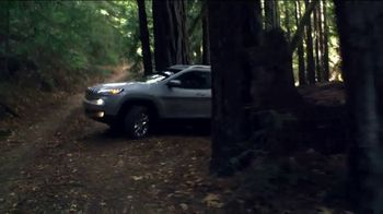 Jeep Cherokee Limited TV Spot, 'What It Takes: Balance ' Song by Carrollton [T1] - Thumbnail 8