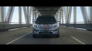 2018 GMC Terrain TV Spot, 'Mighty Like a Pro' Song by The Chemical Brothers - Thumbnail 2