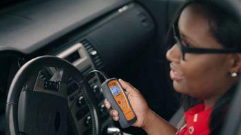 AutoZone Fix Finder TV Spot, 'No hay problema' [Spanish] - Thumbnail 3