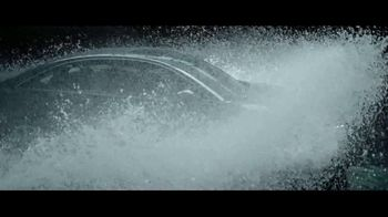 Audi Q5 TV Spot, 'Raindrops' Song by Nataly & Ryan [T1] - Thumbnail 6