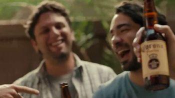 Corona Familiar TV Spot, 'Amigos' [Spanish] - Thumbnail 10